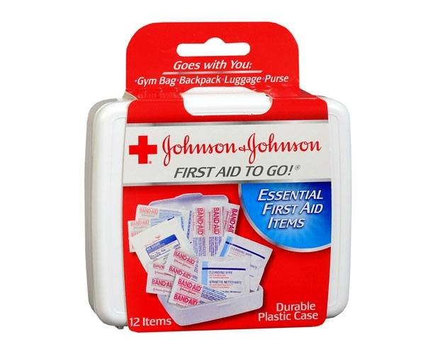 Johnson & Johnson Johnson & Johnson Mini First Aid Kit To Go